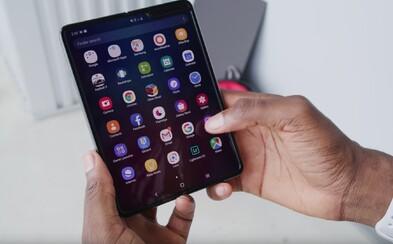 """""""Stále máte záujem o Galaxy Fold?"""", pýta sa Samsung svojich zákazníkov v najnovšom maile"""