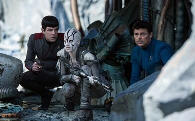Star Trek Beyond je podľa kritikov zásah do čierneho a sľubuje skvelú porciu zábavy