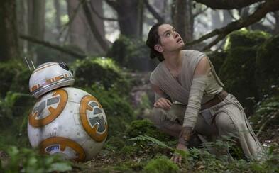 Star Wars svojimi tržbami potopilo Titanic, pričom mieri blasterom na Avatara