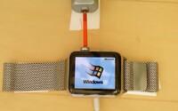 Starý Windows 95 v moderných Apple Watch? Ak človek chce, všetko je možné