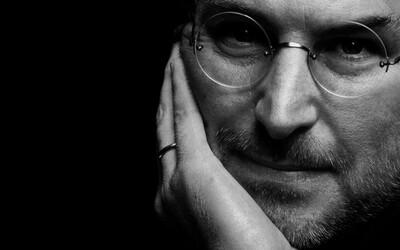 Steve Jobs: Nakuknite do života génia