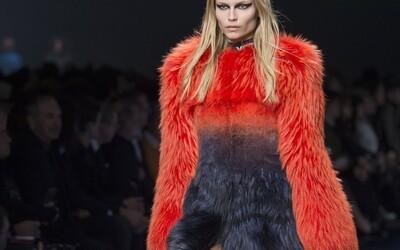 Stop používání kožešin řekla i Donatella Versace. Kdy nás čeká úplný zákaz?