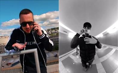 Strapo, Čis T a Patrik Rivier nakladajú do telefónov