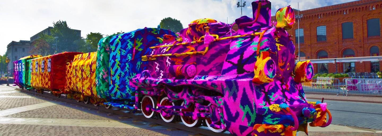 Street art trochu inak: Zahoď graffiti, teraz sa bombarduje vlnou!