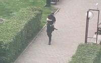 Střelba na ruské škole má údajně 6 obětí. Studenti v panice vyskakují z oken. Střelce zabily speciální jednotky