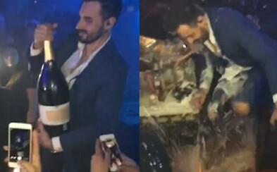 Strúhal frajera so šampanským za 35-tisíc eur, potom mu spadlo a rozbilo sa. Nočný klub na Ibize sa na mužovi dobre zabavil