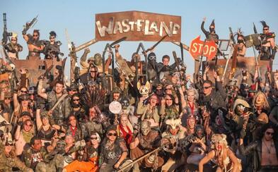 Štyri dni v nehostinnej púšti, bez vody a elektriny - to je najväčší post-apokalyptický festival inšpirovaný Mad Maxom