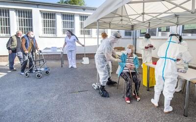 Sú známe výsledky testov z domu seniorov v Prešove, kde slúžil nakazený lekár. Ako dopadli?