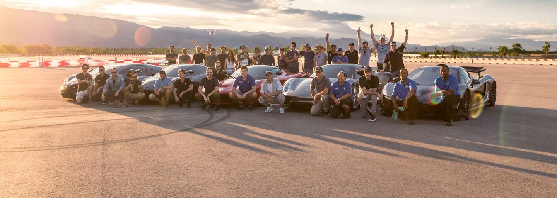 Souboj pěti nejúchvatnějších automobilů současnosti naznačuje vítězství Porsche 918 Spyder