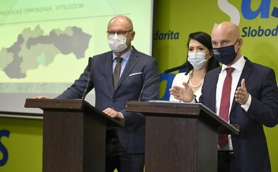 Sulík: Nezatvárajme 20-tisíc reštaurácií kvôli jednému okresu. SaS predstavila svoj nový plán na boj proti koronavírusu