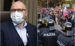 Sulík sa zastal demonštrantov proti Matovičovi, nesúhlasia s nim stranícki kolegovia, ironicky ho vysmial Mikulec