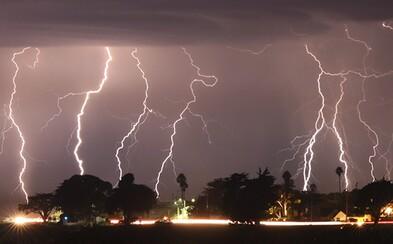 Supercelárne búrky, krúpy a silný vietor zasiahnu v nedeľu východné Slovensko. SHMÚ varuje konkrétne okresy