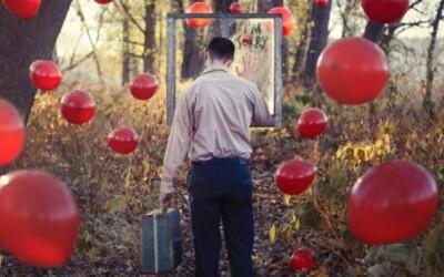 Surrealistická séria psycho fotografií Christophera McKenneyho