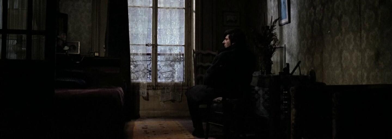 Susedia vás môžu priviesť k samovražde, tvrdí Polanski v horore Nájomník