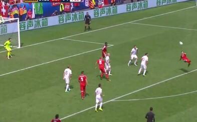 Švajčiar Shaqiri spasil svoj tím fenomenálnymi nožničkami proti Poľsku. Stane sa jeho zakončenie najkrajším gólom turnaja?