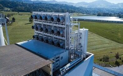 Švajčiari zhotovili obrovský stroj na čistenie ovzdušia. Boj s klimatickými zmenami naberá na obrátkach