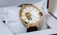 Švajčiarska firma zničila hodinky za 500 miliónov eur, aby zabránila výpredaju za nižšiu cenu. Prémiové produkty sa v akcii nepredávajú