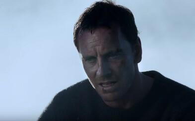 Svoje obete najprv zabije a potom z nich spraví Snehuliakov. V debutovom traileri mu však po krku idú Michael Fassbender a Rebecca Ferguson