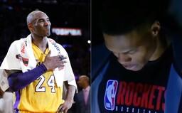 Svět se loučí s Kobe Bryantem. Basketbalovou legendu uctili minutou ticha hráči NBA, internetem se šíří emotivní videa