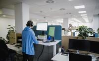 Svetová firma hľadá zamestnancov do svojho tímu. Prekvapí ťa plat aj zaujímavé benefity