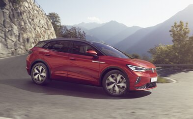 Světové auto roku přichází ve sportovní verzi. Volkswagen ID.4 GTX má dva elektromotory a výkon 299 koní