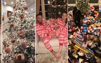 Svetové celebrity si na Vianociach dali skutočne záležať. Kto z nich mal najkrajší stromček a kto prekvapil svojich blízkych najštedrejšie?