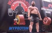 Světový rekord v mrtvém tahu je překonán! Silák Eddie Hall zvedl 463 kg jakoby nic