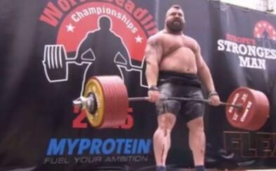 Svetový rekord v mŕtvom ťahu je prekonaný! Silák Eddie Hall zdvihol 463 kg akoby nič