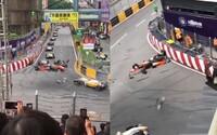 Svetu vyrazila dych hrôzostrašná nehoda 17-ročnej pretekárky na okruhu v Macau. V obrovskej rýchlosti vyletela do vzduchu