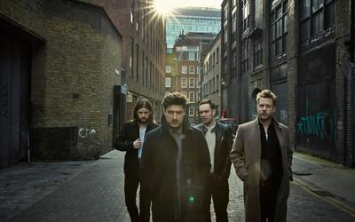 Svieži Mumford & Sons si vás získajú svojím novým zvukom v piesni Believe