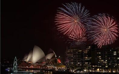 Sydney přivítalo nový rok velkolepým ohňostrojem, přestože téměř 300 tisíc lidí podepsalo petici za zrušení