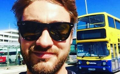 Sympatický Matej nám porozprával o práci pre spoločnosť Ryanair a o tom, aké je dôležité vedieť sa predať (Rozhovor)