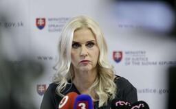 Synom Moniky Jankovskej sa darí, kúpili si lukratívne pozemky pri Bratislave. Ako ich vysvetlili?