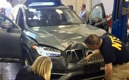 Systém autonómneho riadenia vozidiel Uberu zabil človeka, lebo nešiel po prechode pre chodcov