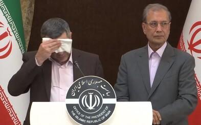 Tajemník íránského ministra zdravotnictví je nakažen koronavirem. Už na tiskové konferenci vypadal zle
