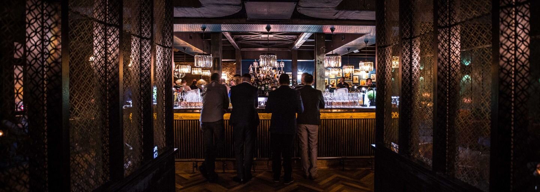 Tajné bratislavské bary, do ktorých vstupuješ cez neoznačené dvere či šatníkovú skriňu. Vieš, kde ich nájdeš?