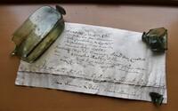 Tajný odkaz vo fľaši: vo vežičke kežmarskej Reduty našli historický objav
