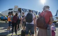 Takmer žiadni cestujúci. Bratislavské letisko hlási medziročný pokles o 95%, nepomohlo ani uvoľňovanie opatrení