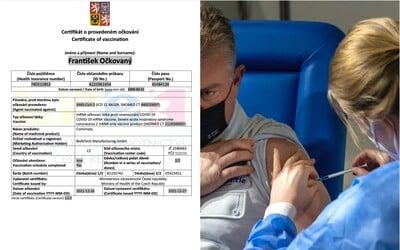 Takto vyzerá český certifikát o zaočkovaní. Slováci dostávajú chaotickú zmes desiatok rôznych potvrdení, kritizuje europoslanec