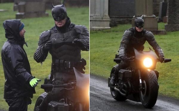 Takto vyzerá jeden z oblekov nového Batmana, ktorého hrá Robert Pattinson