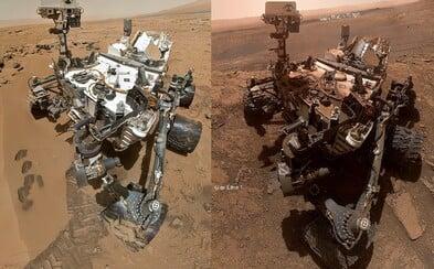 Takto vypadá po 7 letech na Marsu robot od NASA. Rudá planeta mu nic nedarovala