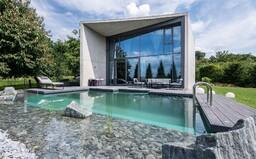 Takto vyzerá výnimočná vila od jedného z najvýznamnejších predstaviteľov súčasnej architektúry v Českej republike