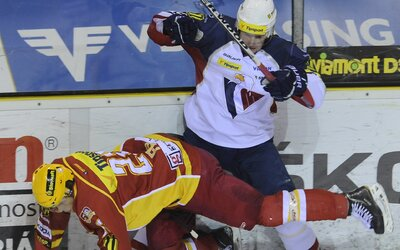 Takto zarábajú hokejisti v najvyššej slovenskej lige. Mesačne si prilepšia aj o tisícky eur