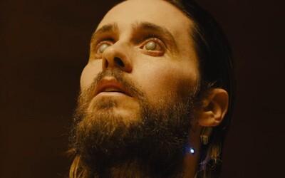 """Talentovaný Jared Leto sa kvôli Blade Runnerovi nechal na natáčaní """"oslepiť"""", aby sa tak viac vžil do svojej postavy"""
