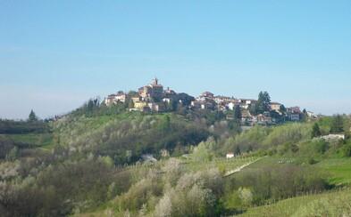 Talianska dedinka ponúka 2000 eur každému, kto sa do nej presťahuje. Jej zástupcovia sa boja, že sa onedlho stane opusteným miestom duchov