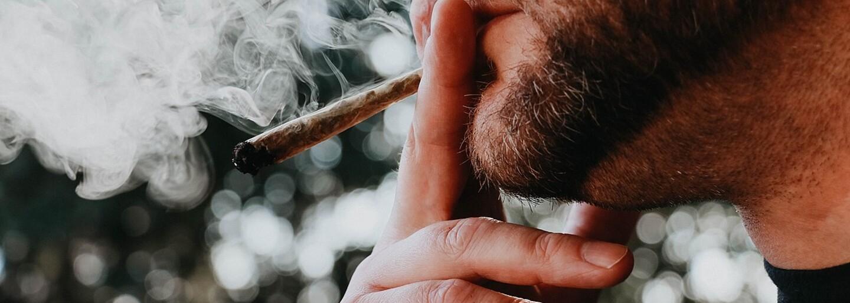 Taliansko zrejme čaká referendum o dekriminalizácii marihuany. Petíciu zaň podpísalo počas týždňa 500-tisíc ľudí