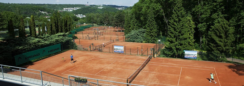 Taliansky tenista dokázal zaknihovať zlatý set ako siedmy hráč histórie tohto športu