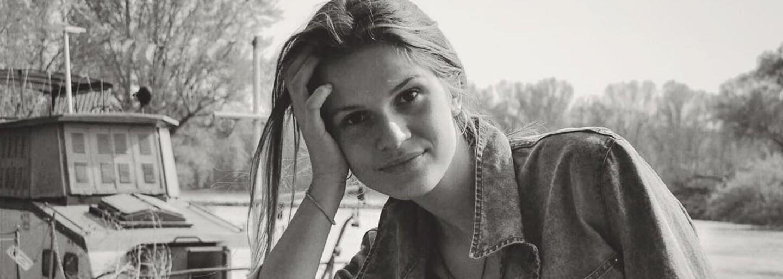 Tamara Kramárová: Vždy odmietam, keď sa chce otec za mňa prihovárať. Hodlám uspieť v hudbe svojou zásluhou, nie priezviskom
