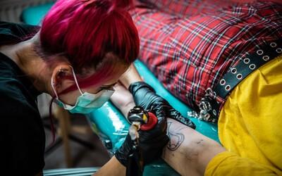 Tatér Weppo: Láska je na celý život, tetovanie vydrží ešte o pol roka dlhšie