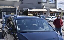 Taxikár z Bratislavy: Keď niekedy pôjdete Boltom a uvidíte cenu 2,90 €, zamyslite sa, čo je za tým. Zdierajú vodičov (Rozhovor)